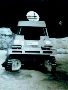 moonbase-car