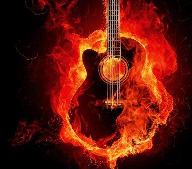 גיטרה בוערת