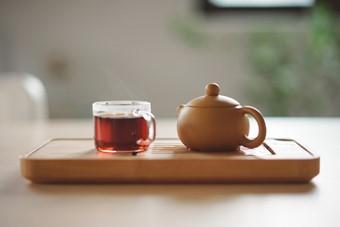 ספל תה וקנקן